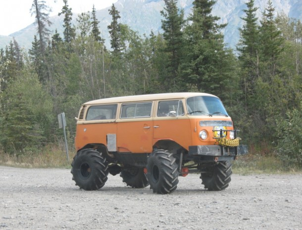 bizarre-car-modification-5-610x466.jpg