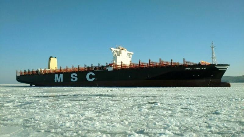 daewoo_4277-9703291-container_ship-4-171465.jpg