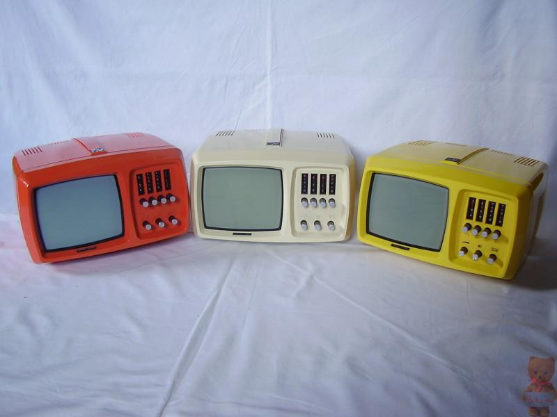 Az Mini Vidi televízió háromféle színben (citromsárga, narancssárga, fehér) készült 1976-tól.