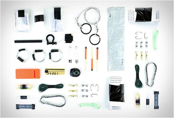 survival-grenade-packs-a-myriad-of-stuff3.jpg