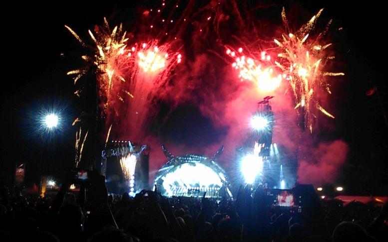 koncert15_acdc.jpg