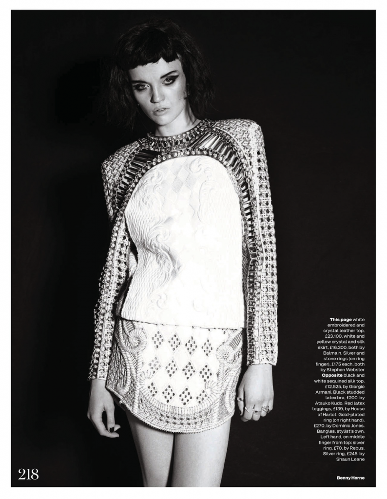 UK-Elle-May-2013-003.png