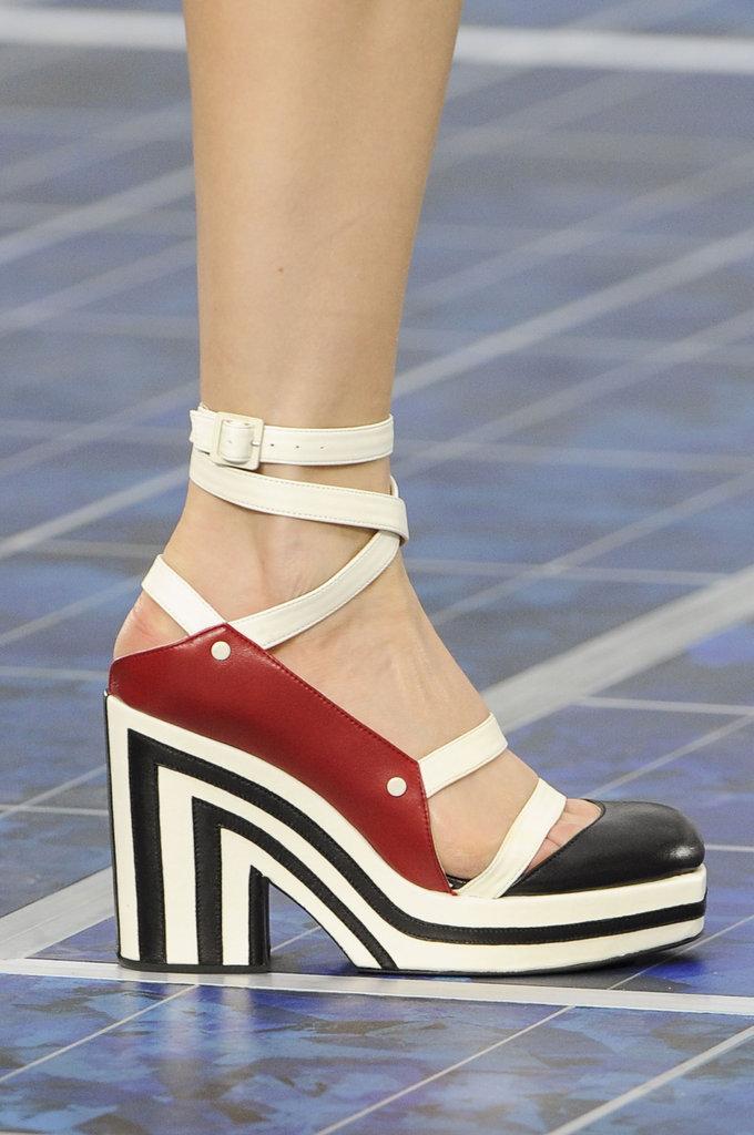 spring_summer_2013_shoe_trends_chunky_heels_Chanel-Spring-2013.jpg