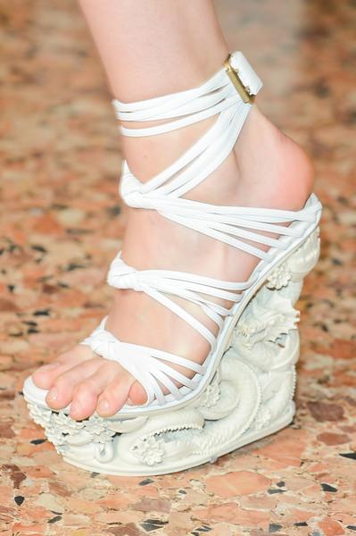 spring_summer_2013_footwear_trends_decorated_wedge_platforms_emilio_pucci_spring2013.jpg