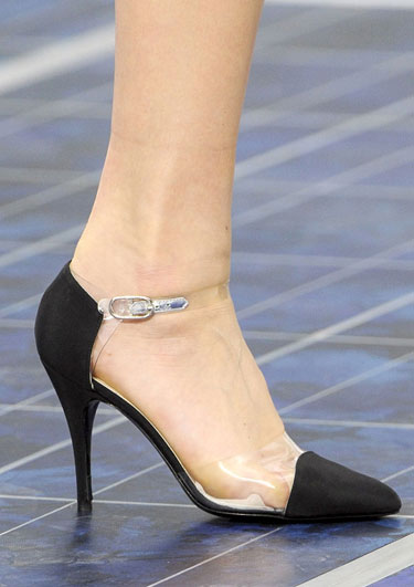 hbz-ss13-trend-clear-chanel-lgn.jpg