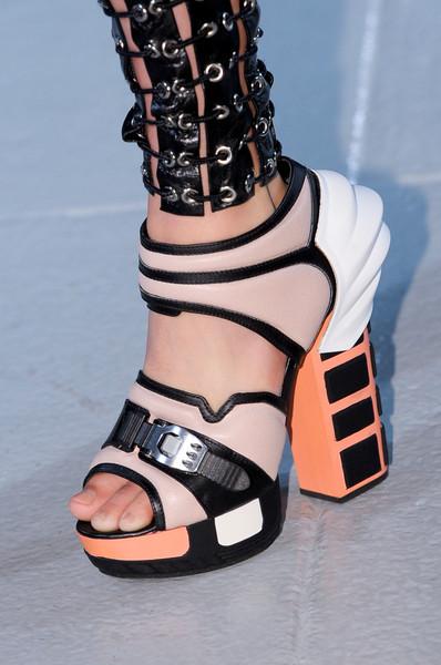 spring_summer_2013_shoe_trends_architectural_shoes_Rodarte_Spring2013.jpg