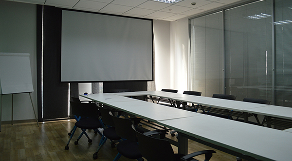 conference-room-614449_1920.jpg
