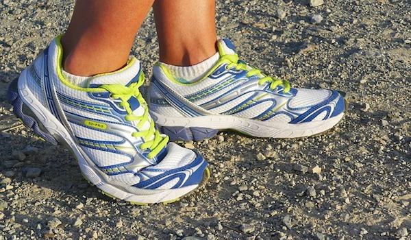 running-shoes-2661558_640.jpg