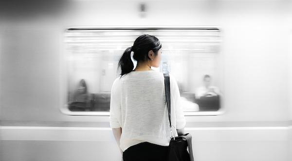 train-station-863337_640.jpg