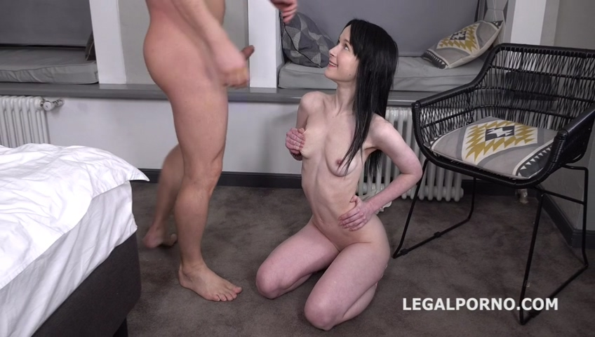 _legalporno_sweetie_plum_first_time_anal_with_farts_01_09_20_mp4_20200219_135949_873.jpg