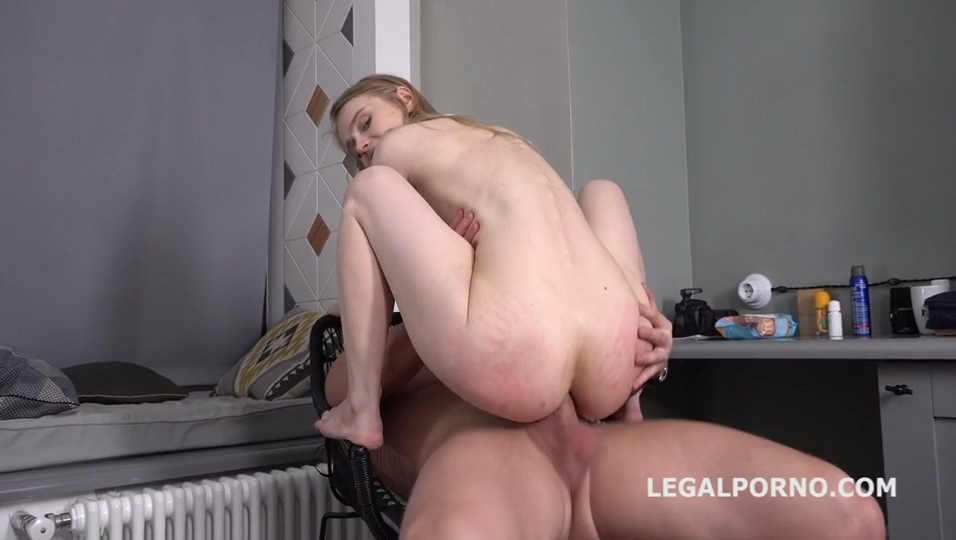 legalporno_light_fairy_gl105_010520_mp4_20200219_135252_556.jpg