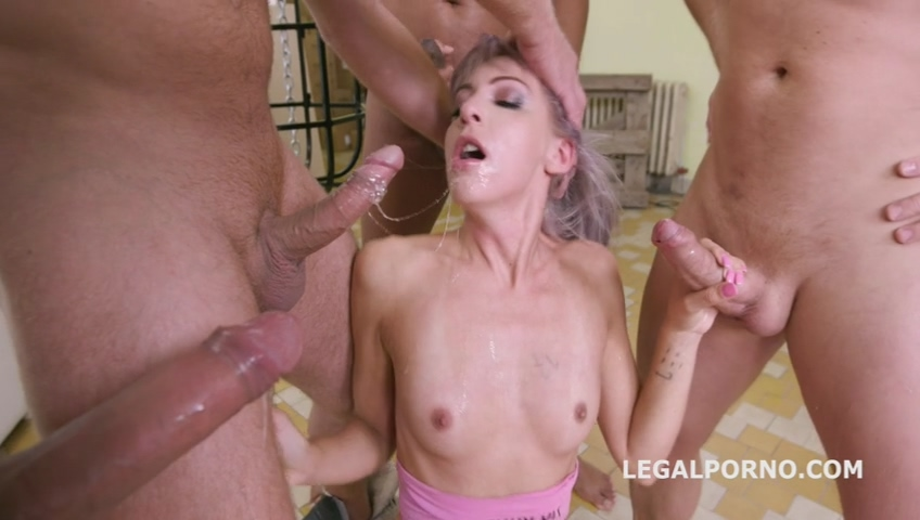 legalporno_vicky_sol_rough_fucking_with_balls_deep_anal_squirt_drink_dap_mp4_20191216_151938_402.jpg