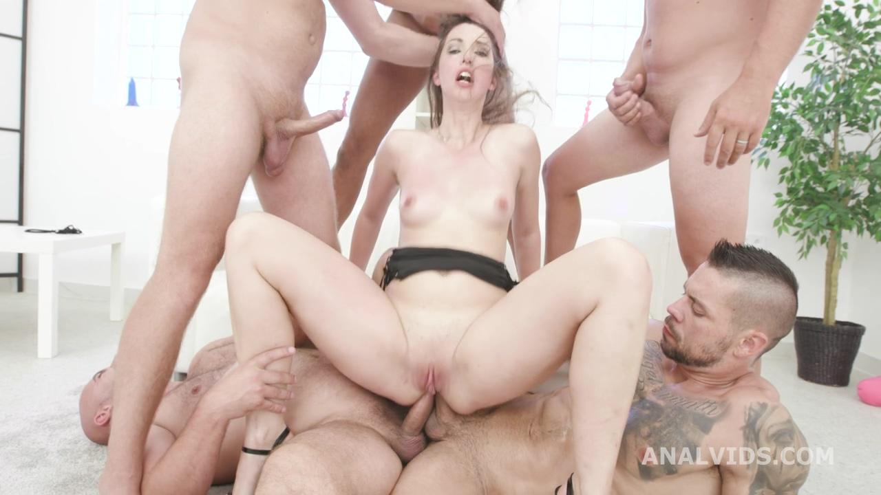 manhandle_susan_ayn_balls_deep_anal_dap_rough_sex_creampie_to_swallow_gio1530_720p_mp4_20200901_134022_605.jpg