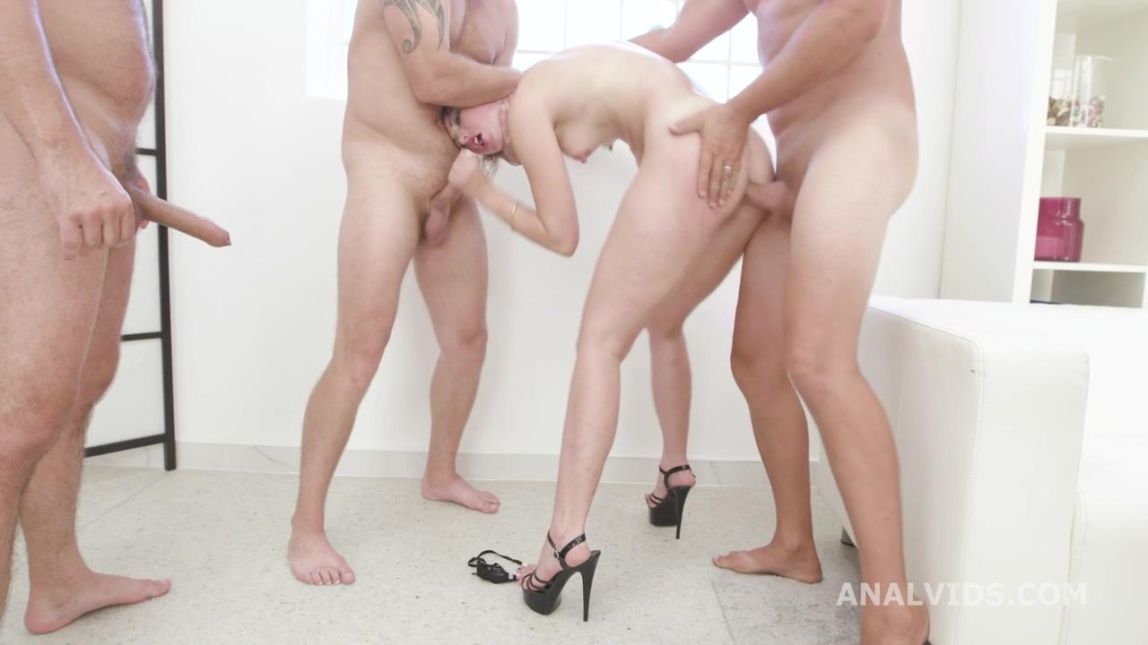 manhandle_susan_ayn_balls_deep_anal_dap_rough_sex_creampie_to_swallow_gio1530_720p_mp4_20200901_134117_290.jpg