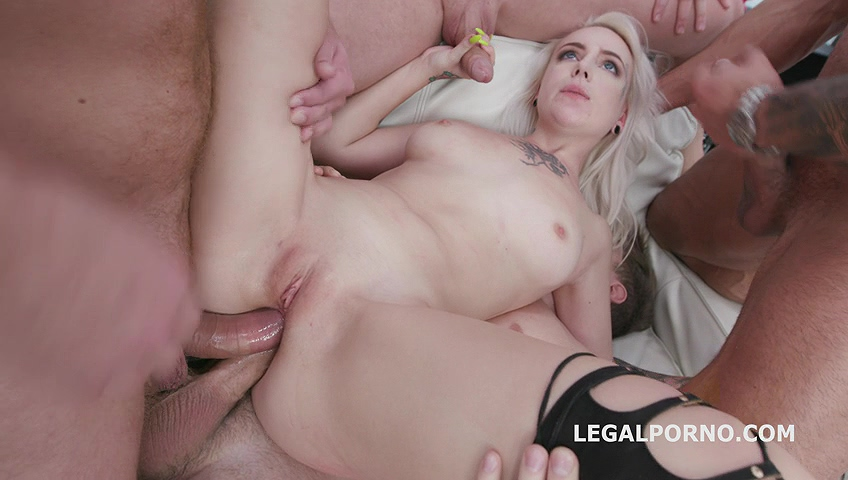 _legalporno_ciri_gets_4on1_02_03_20_mp4_20200227_121121_210.jpg