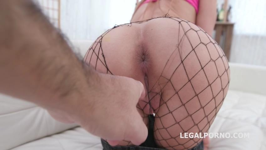 _legalporno_gabriella_ross_gets_4on1_10_28_19_mp4_20191030_101027_112.jpg