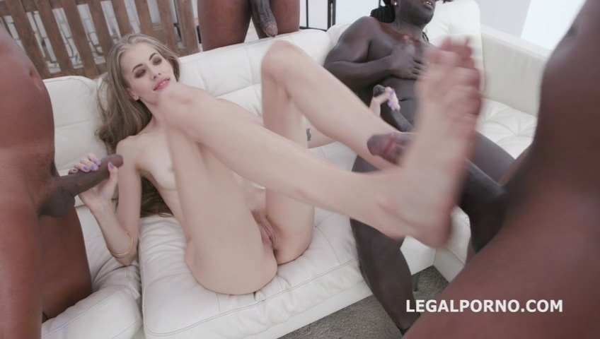 _legalporno_kyaa_chimera_4_white_then_4_black_no_pussy_10_08_19_mp4_20191011_101842_000.jpg