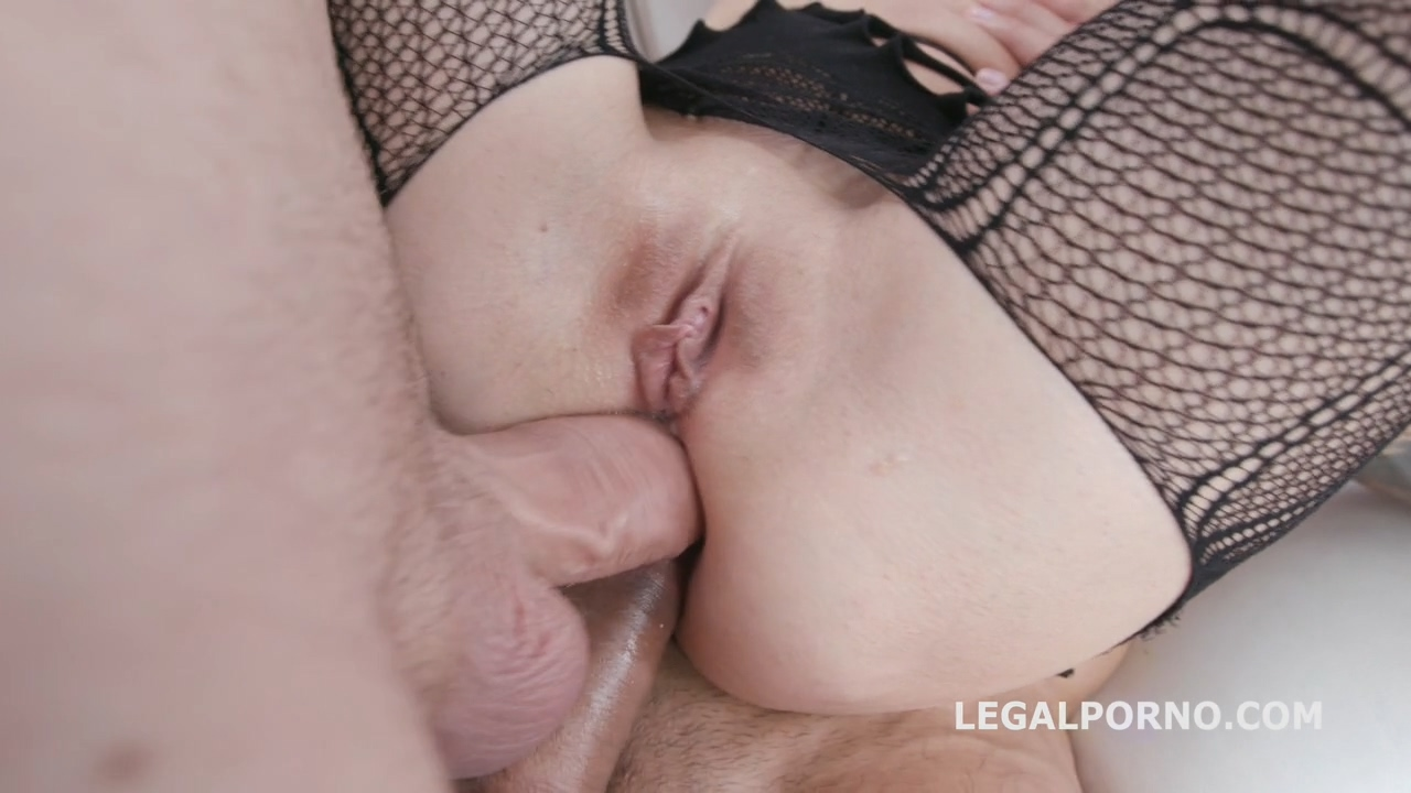 dap_destination_roxy_del_first_time_dap_with_balls_deep_anal_gapes_destroyed_ass_and_facial_gio1168_mp4_20191002_095143_041.jpg