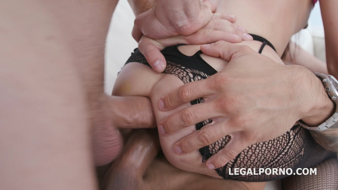 dap_destination_roxy_del_first_time_dap_with_balls_deep_anal_gapes_destroyed_ass_and_facial_gio1168_mp4_20191002_095240_833.jpg