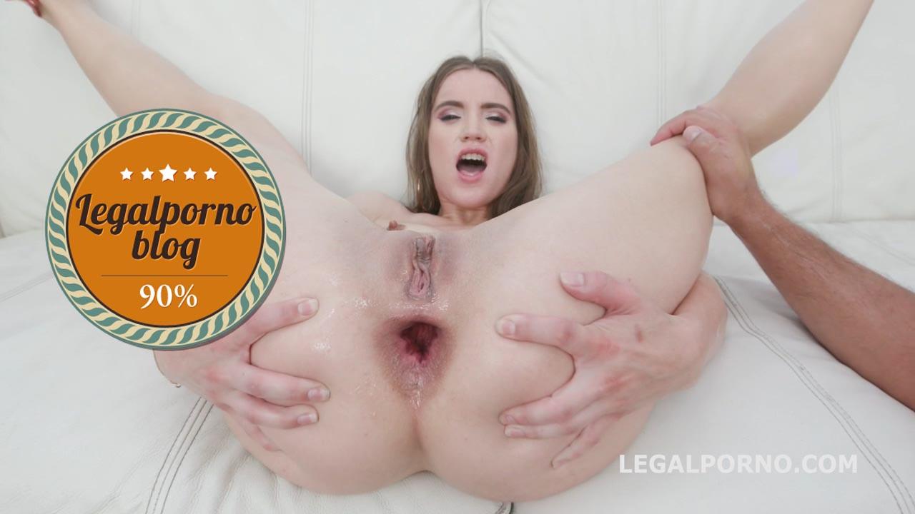 legalporno_evelina_darling_gets_2_bwc_08_03_19_hd_mp4_20190805_152714_742_copy.jpg