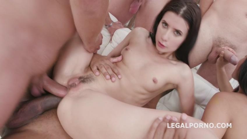 legalporno_may_thai_nicole_black_gio1123_07_31_19_mp4_20190802_102548_529.jpg