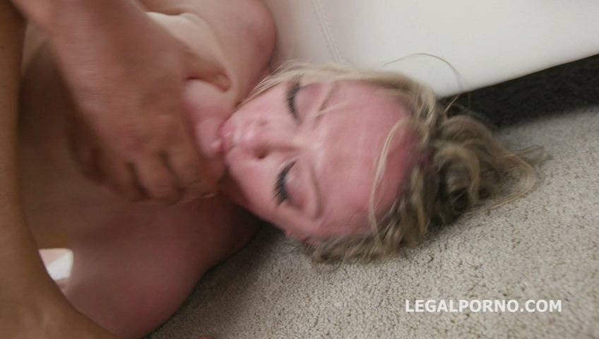 legalporno_psycho_doctor_anal_sex_therapy_with_dee_williams_2_insane_balls_deep_action_mp4_20190722_140225_282.jpg