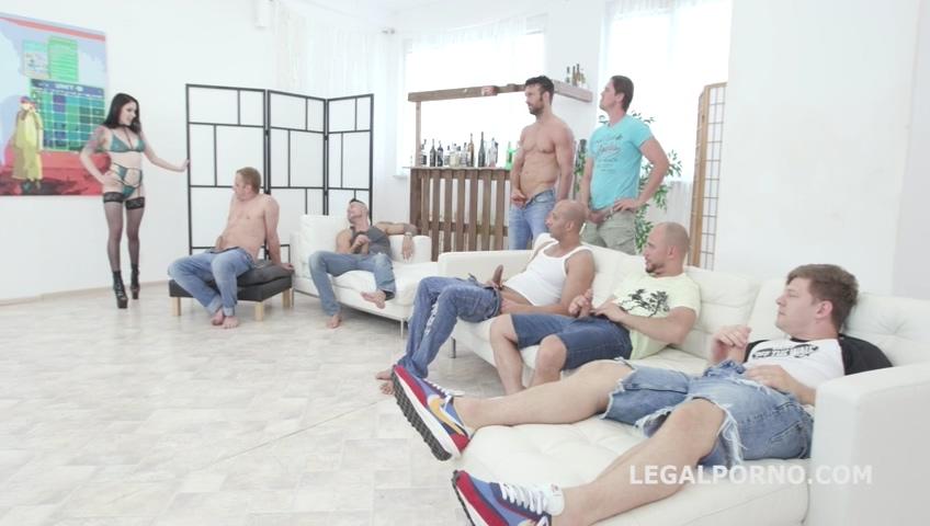 legalporno_7on1_pissing_gangbang_with_anna_de_ville_balls_deep_anal_dap_lots_of_pee_mp4_20190723_140228_415.jpg