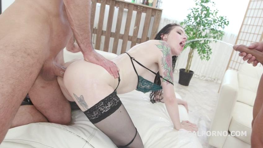 legalporno_7on1_pissing_gangbang_with_anna_de_ville_balls_deep_anal_dap_lots_of_pee_mp4_20190723_141438_913.jpg