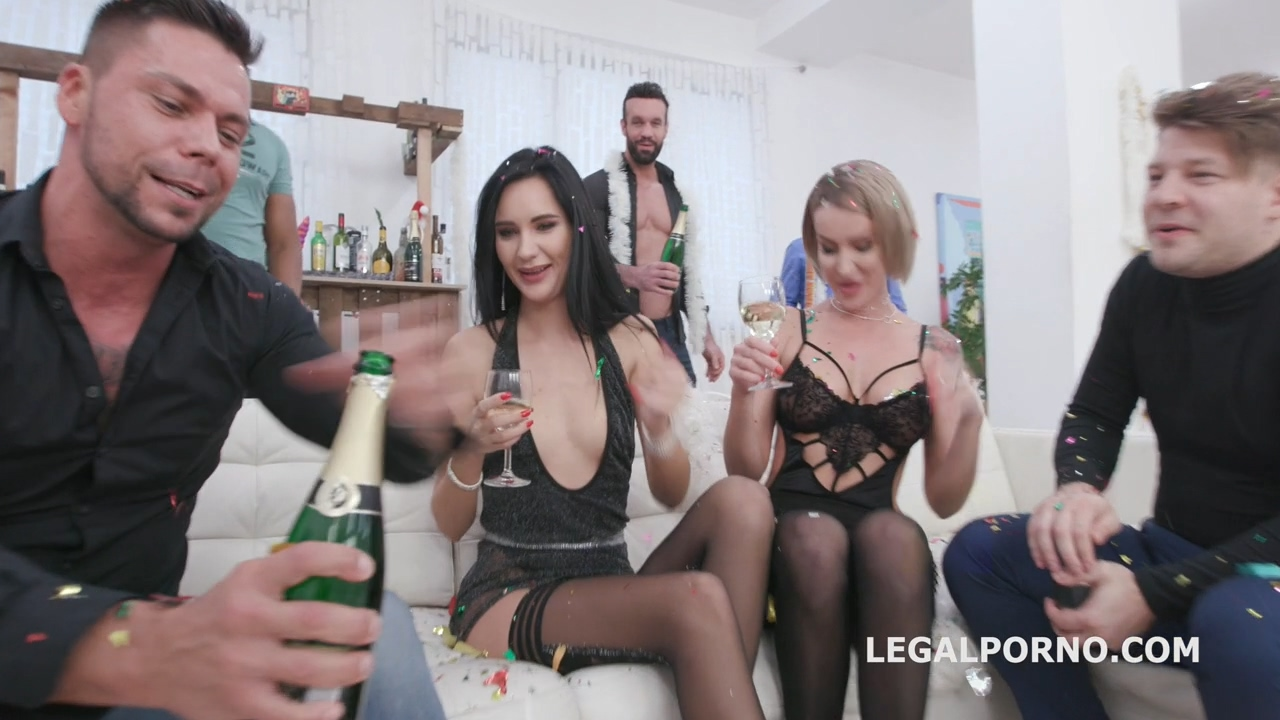new_year_peeve_2019_1_megan_venturi_elen_million_wet_party_with_pee_drink_balls_deep_anal_dap_gio1315_mp4_20200131_103151_315.jpg