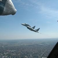 Légi díszelgés-főpróba belülről (amikor a hóhért akasztják)