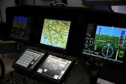 Cascina_Costa_AW169_Avionics_Cockpit_Rig.jpg