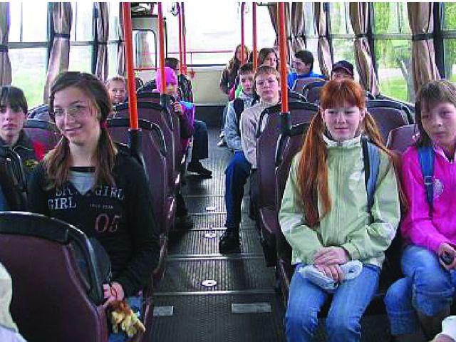Miért nem támogatja az önkormányzat a felsős és középiskolás diákok közlekedését?
