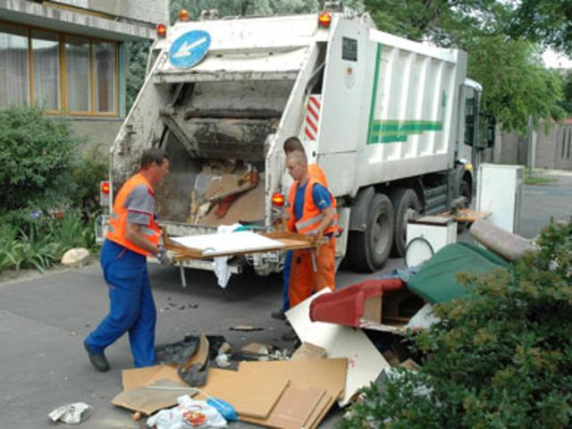 Akár félmillió forintba is kerülhet a társasházaknak a zárt hulladéktárolók kiépítése