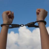 Gondok rabságában