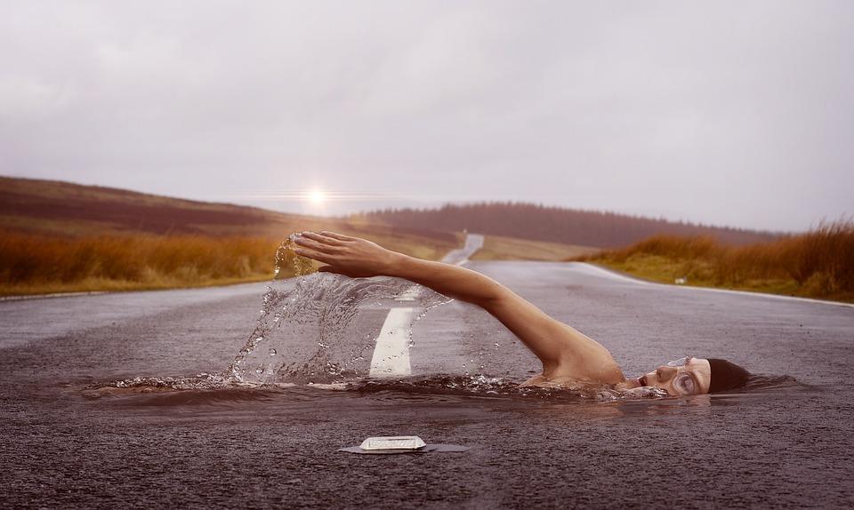 swimmer-1678307_960_720.jpg