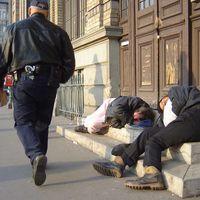 Hajléktalanellátás. Mi a helyes út?