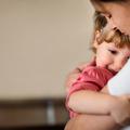 A kisgyerekes apuka, a szingli csaj meg a szerelem