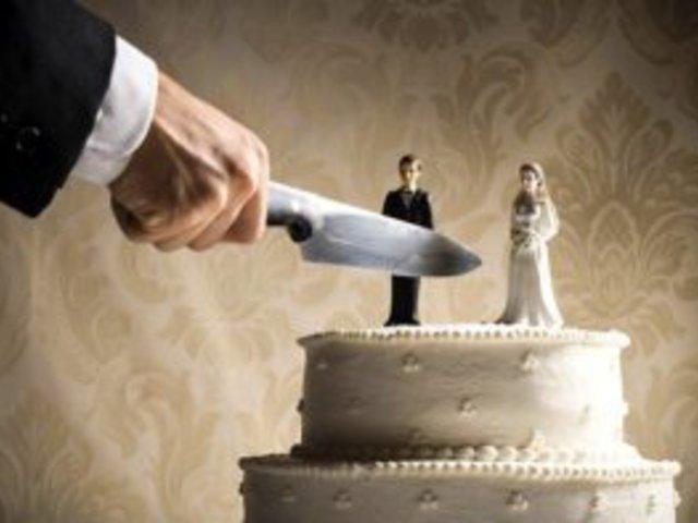 Holtomiglan... dögölj meg! Avagy hogyan juthat idáig egy házasság?