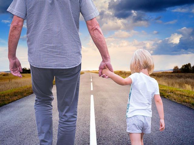 Itt a bizonyíték: ha szülő vagy, felsővezető vagy