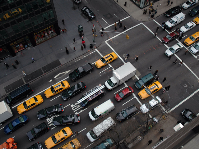 Így bekkelhetjük ki higgadtan a közlekedési dugókat