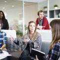 5 szociálpszichológiai torzítás a hétköznapokban