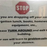 Az iskola, ahonnan kiküldik a szülőket