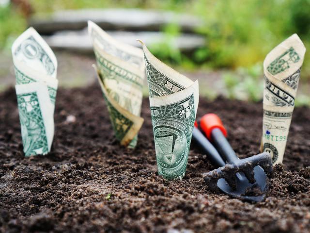 A pénz boldogít is, meg nem is