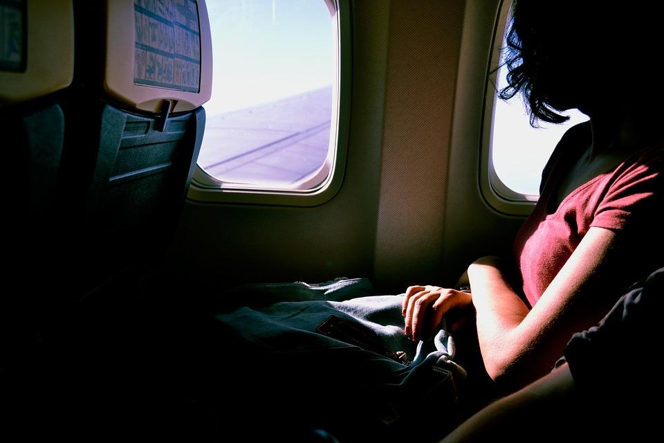 anett_airplane-1209752_960_720.jpg