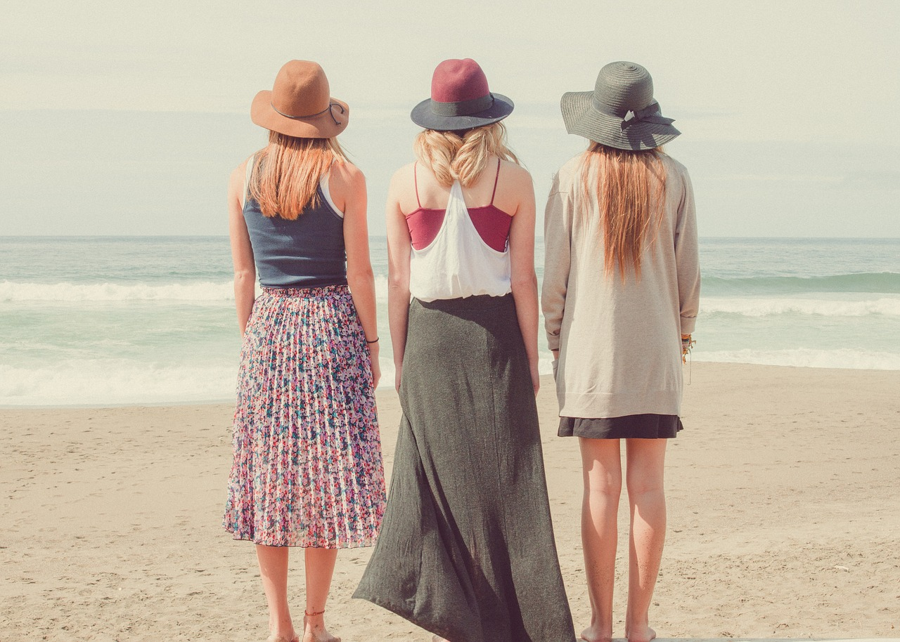 beach-1868130_1280.jpg