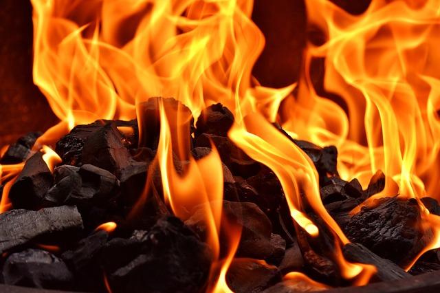 fire-2900588_640.jpg