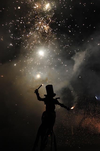 fireworks-1796385_640.jpg