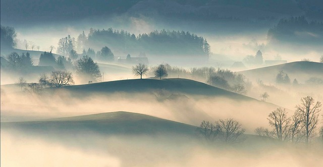 hilly-2572197_640.jpg