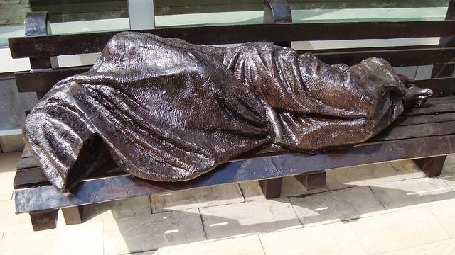 homeless-2435157_640.jpg