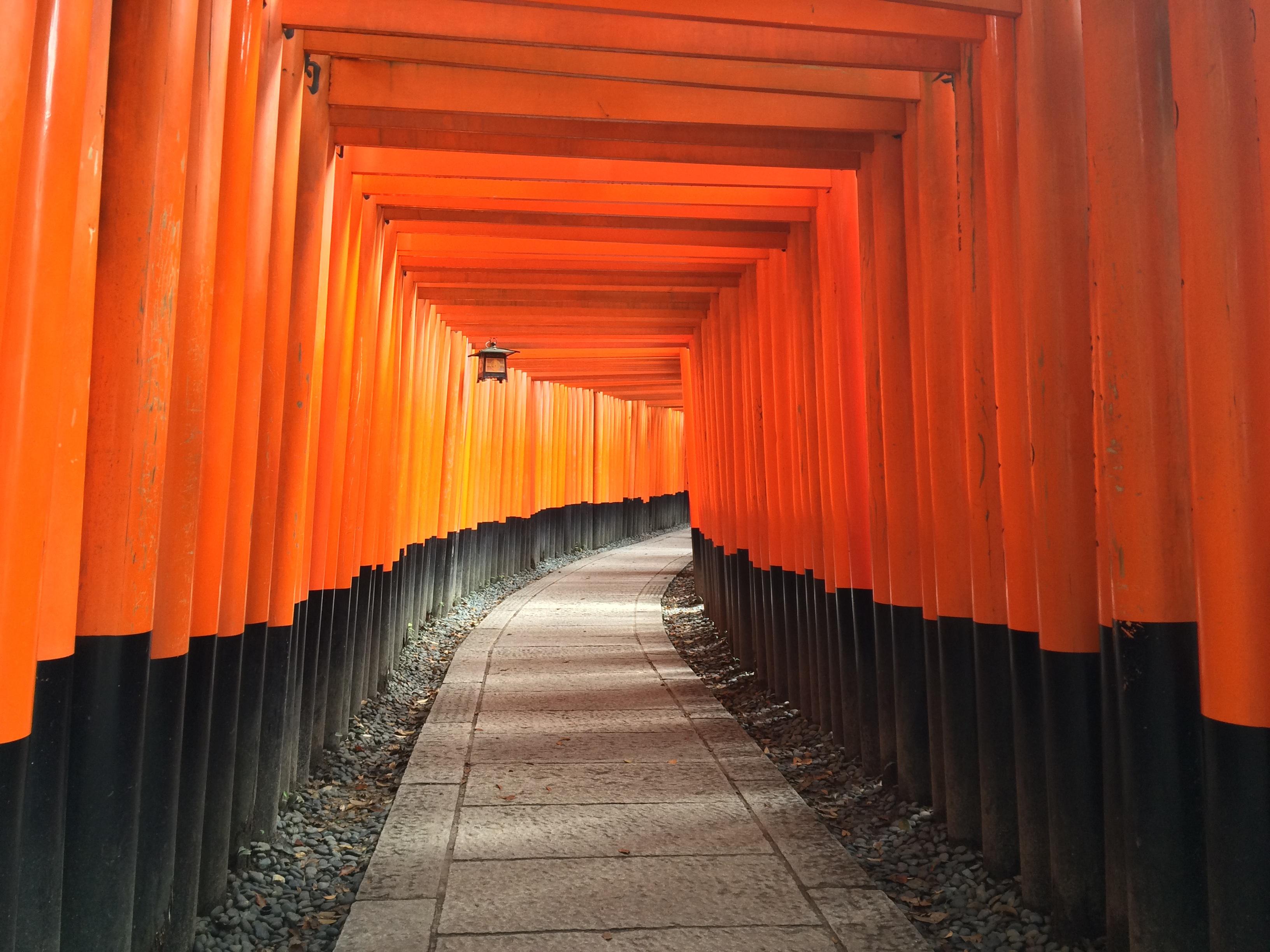 japanese_gates.jpg
